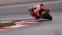 Motorpasión a dos ruedas: los peores anuncios indios de motos, MotoGP y la KTM Adventure 690