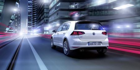 Volkswagen Golf GTE parte trasera