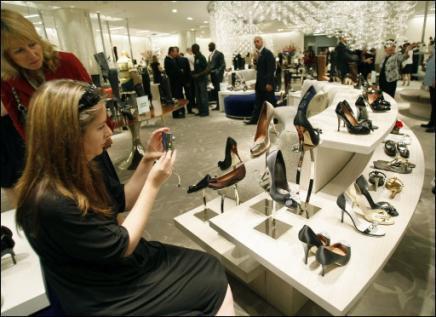 10022-Shoe, miles de zapatos
