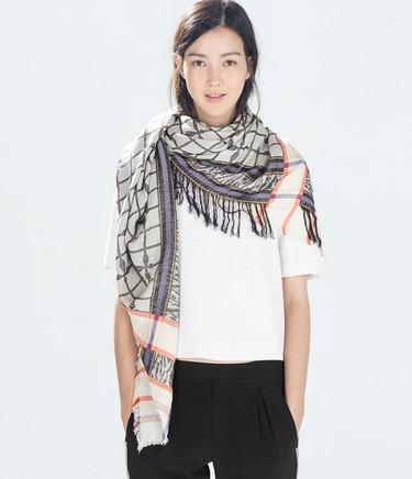 ¿Frío?, ¿qué es frío?, ¡estas bufandas rebajadas te esperan!