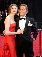 El look de Anne Hathaway en la gala de los Oscars 2011