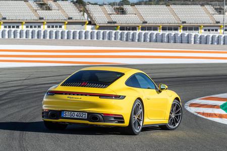 Porsche 911 992 trasera lateral
