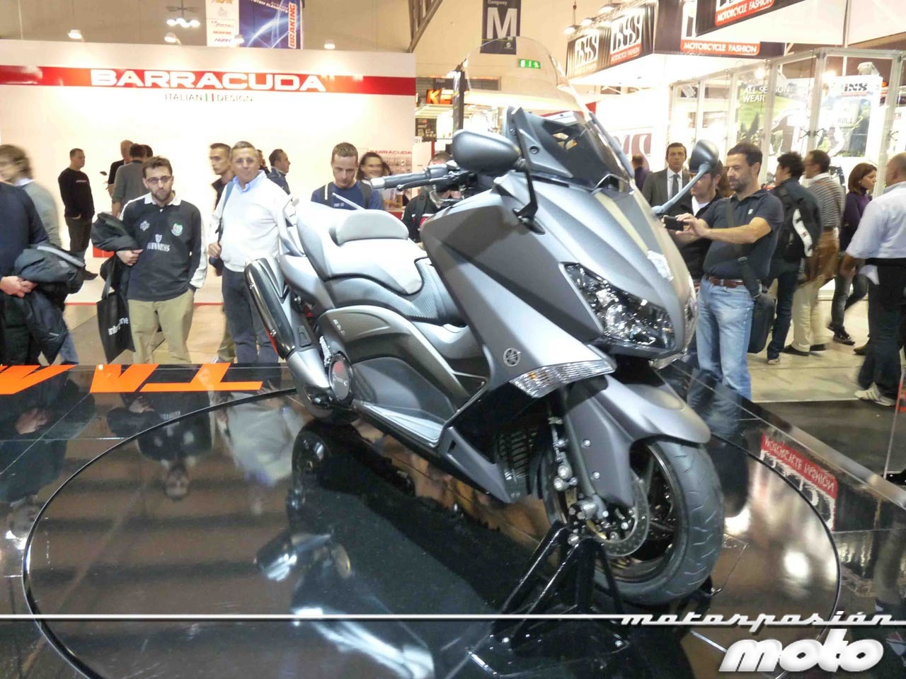 Foto de Yamaha T-Max 2012, EICMA 2011 (2/8)