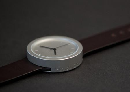 Reloj Matthew Hilton MH01, elegancia con sobriedad extrema