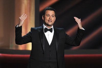 Jimmy Kimmel en los Premios Emyy 2012 o la suerte que tienen algunos de homenajearse a si mismos