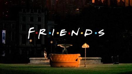 Por qué Warner es capaz de sacarle 100 millones de dólares a Netflix por 'Friends' 15 años después