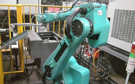 Un millón de trabajadores de Foxconn serán sustituidos por robots