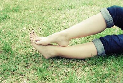 La parte de tu cuerpo donde hay más hongos es... el talón del pie