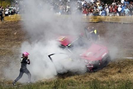 Ramona Karlsson estuvo a punto de volver a quemar su Mitsubishi