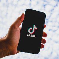 Microsoft confirma el interés de comprar TikTok, después de una plática entre Satya Nadella y Donald Trump