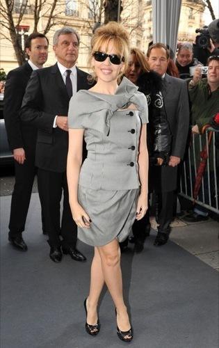Kyle Minogue y Dita Von Teese en el desfile de Christian Dior Alta Costura