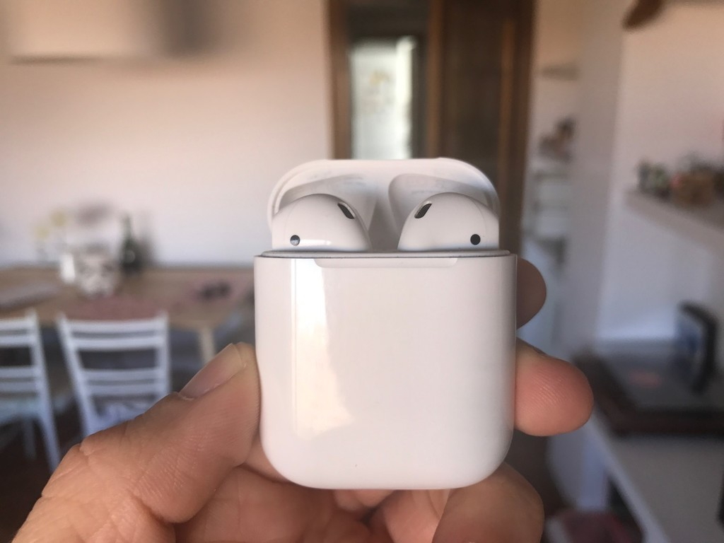 El éxito de los AirPods arrastra a Google y Amazon para competir contra Apple