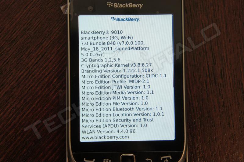 Foto de BlackBerry Torch 2 9810, más imágenes del nuevo híbrido de RIM (15/22)