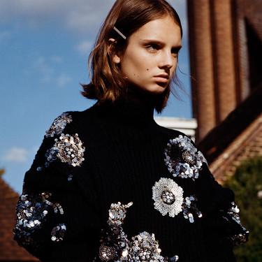 La fiebre del sábado noche llega a Zara en forma de diseños con (muchas) lentejuelas