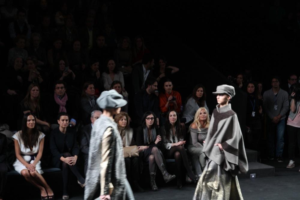 Foto de Jesús del Pozo en la Cibeles Fashion Week Otoño-Invierno 2011/2012 (63/71)