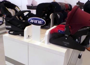 Novedades en sillas para bebés: se acabó el ir mirando sólo hacia adelante