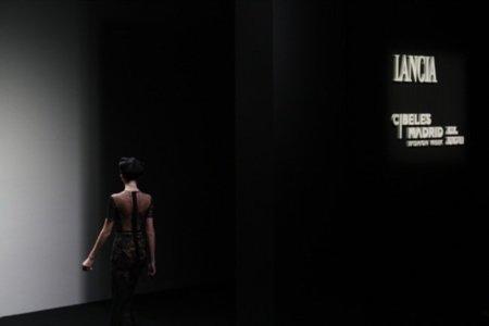 Jesús del Pozo en la Cibeles Madrid Fashion Week Otoño-Invierno 2011/2012