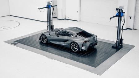 Toyota Supra Salón de Ginebra motor 6 cilindros