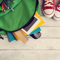 ¿Todavía no tienes los libros de texto para la vuelta al cole? Dónde comprarlos desde casa, a buen precio y rápido