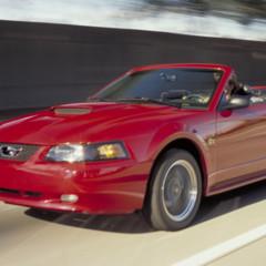Foto 18 de 70 de la galería ford-mustang-generacion-1994-2004 en Motorpasión