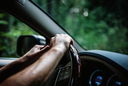 """""""Y luego dicen que el AVE va rápido"""". La Guardia Civil pilla al conductor que se jactó en vídeo de circular a 220 km/h"""