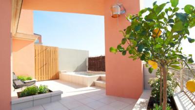 Practica el Sunbathing Lunch en la terraza-solarium más urbanita de Barcelona