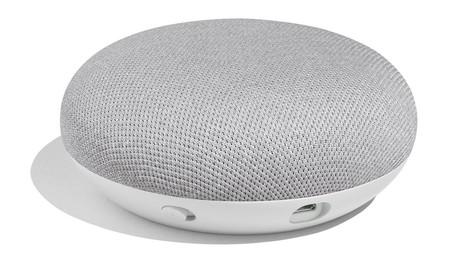 Google Home Mini, la apuesta de Google para llegar a más hogares, deja de lado al mercado español en el lanzamiento