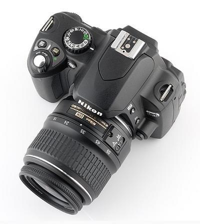 Nikon D40, por 400 euros
