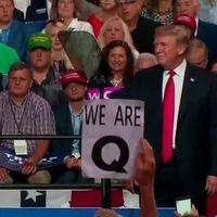 QAnon: la loquérrima teoría de la conspiración que arrasa entre los seguidores de Trump