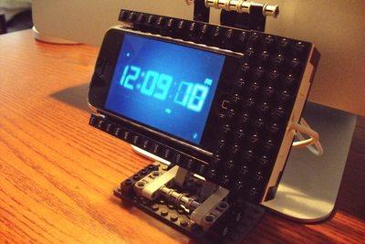 Si tienes Lego, tienes un dock para tu móvil