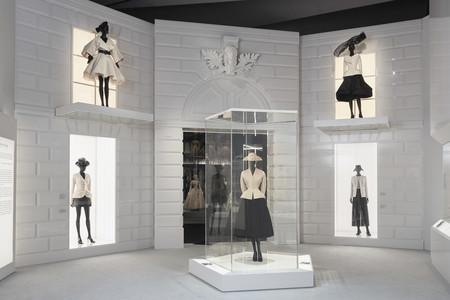 Dior V A Exhibition Scenography C Adrien Dirand 9