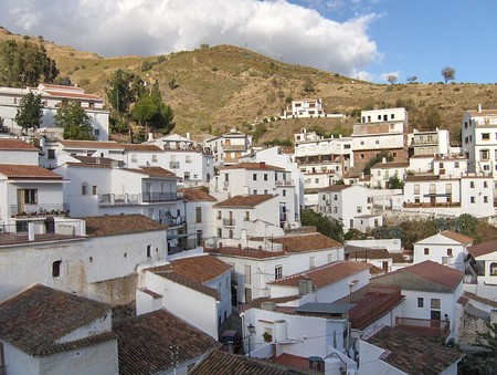 1024px Casas De El Borge