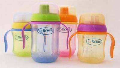 Las nuevas tazas de aprendizaje de la marca Dr. Brown