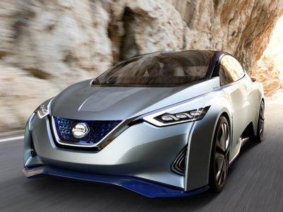 Así han progresado las baterías de los coches eléctricos: 12 veces más autonomía en 100 años