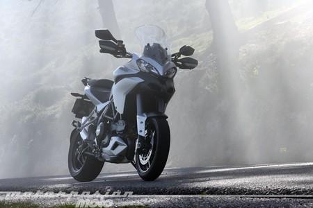 Ducati Multistrada 1200 S Touring, prueba (valoración, galería y ficha técnica)