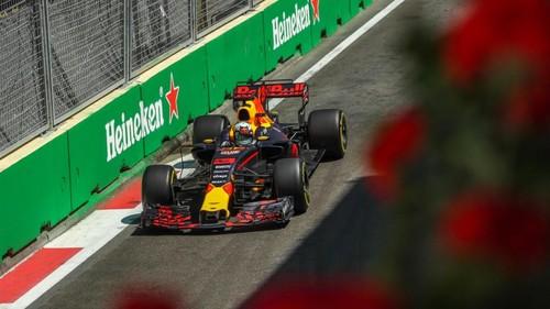 Un podio poco común y mala suerte para Checo en el Gran Premio de Azerbaiyan
