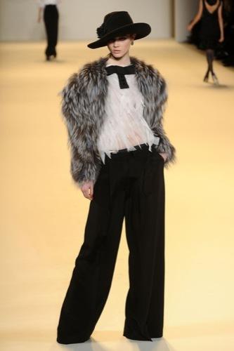 Carolina Herrera, Otoño-Invierno 2010/2011 en la Semana de la Moda de Nueva York VI
