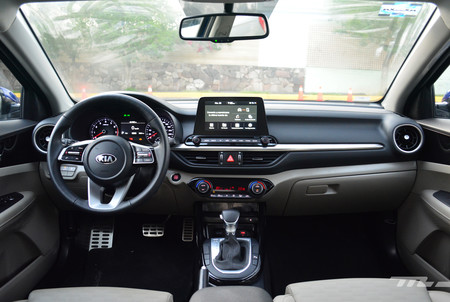 Kia Forte Sedan 2019 13