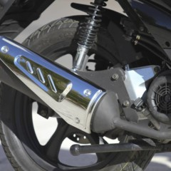 Foto 47 de 53 de la galería mx-motor-c5-125-primer-scooter-de-rueda-alta-de-la-marca-espanola en Motorpasion Moto
