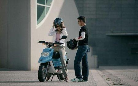 El acompañante en el ciclomotor