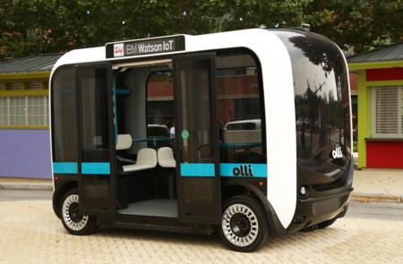 Este minibus es autónomo, está impreso con una impresora 3D y quiere revolucionar el transporte