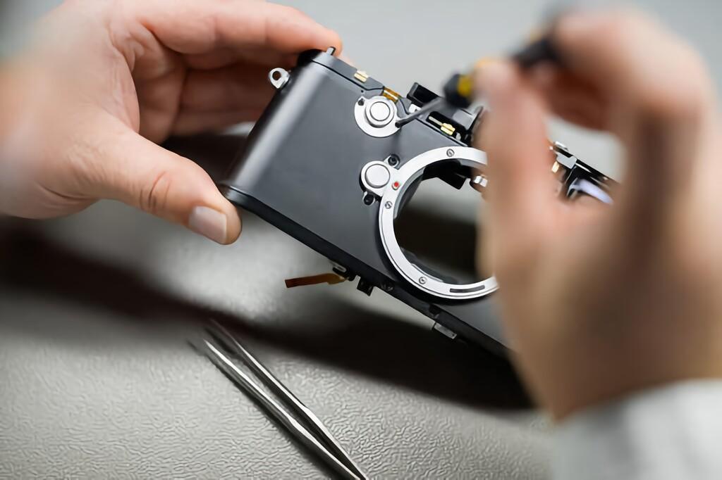 Así es una cámara por dentro: obturador, pentaprisma de espejos y una compleja composición para procesar la luz