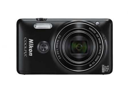 Nikon Coolpix S6900, toda la información de la nueva compacta perfecta para autorretratos