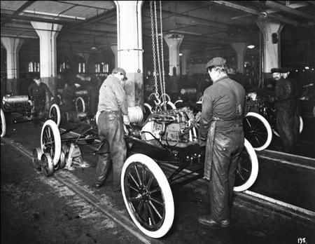 650 1000 1913 Ford Highland Park Plant Montaje