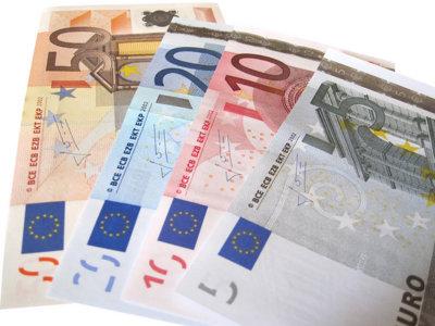 ¿Qué te parece la idea de eliminar todo el dinero en efectivo? La pregunta de la semana