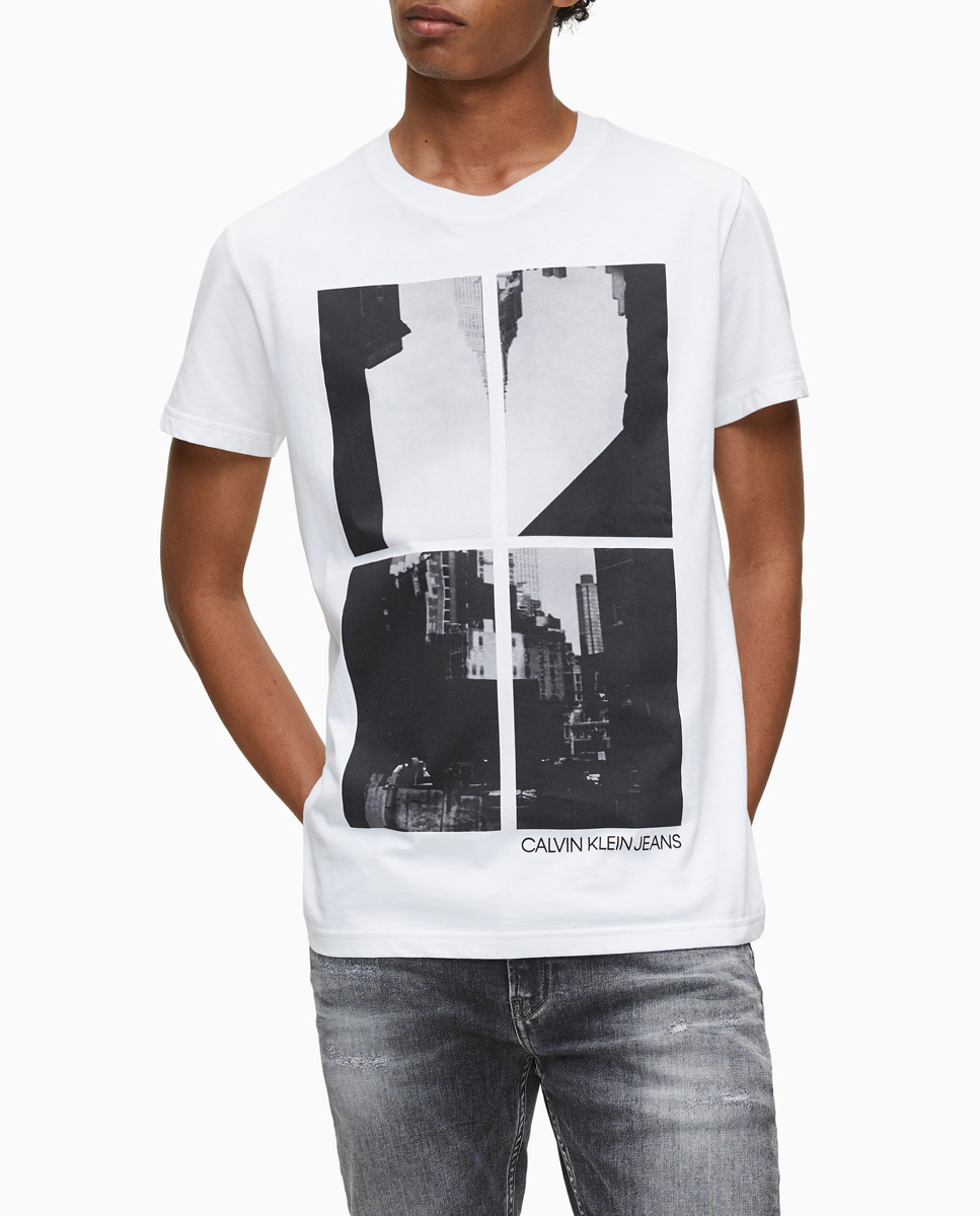 Camiseta de hombre blanca de manga corta