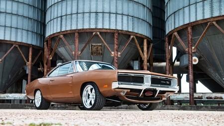 ¿Aberración o genialidad? Este Dodge Charger R/T de 1969 se ha comido un motor 6.2 Hellcat de 717 CV