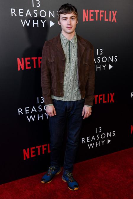 Miles Heizer El Actor De 13 Reasons Why Es El Icono Definitivo De Las Tendencias Retro
