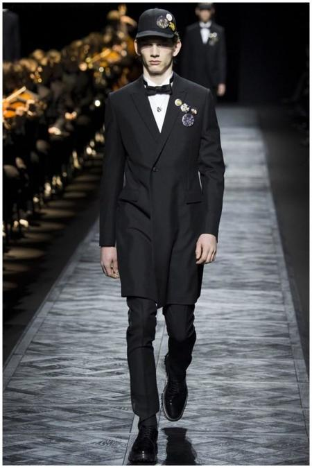 Dior Homme Fall Winter 2015 Menswear Collection Paris Fashion Week 004 800x1200