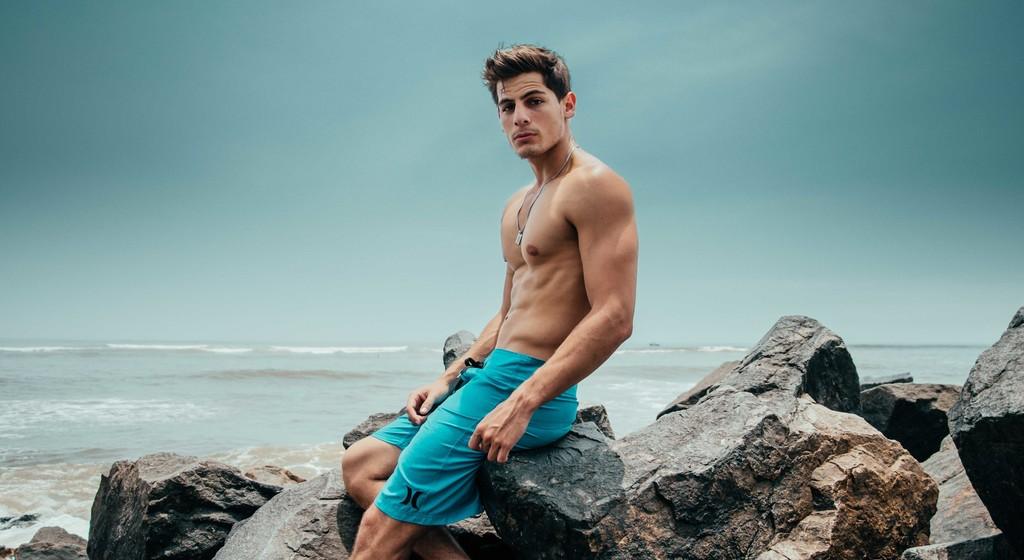 Ya sabemos cuáles son los músculos masculinos más atractivos: los oblicuos se llevan la palma (así podemos entrenarlos)